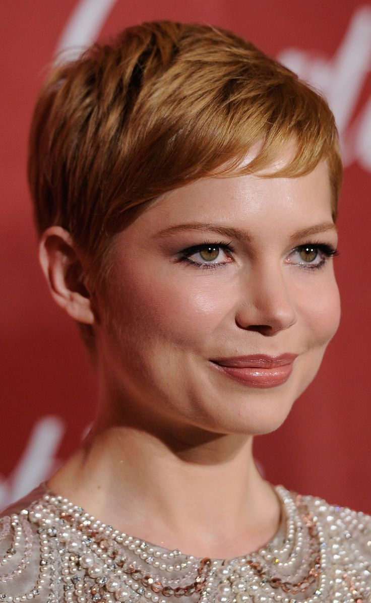 Michelle Williams. Pixie haircut, red short hair. Photo: Frazer Harrison, Getty Images