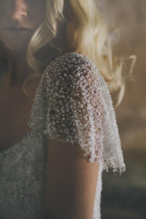 Beaded shoulder