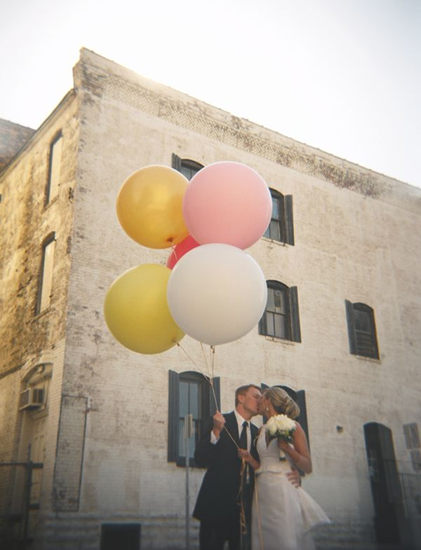 Balloon wedding