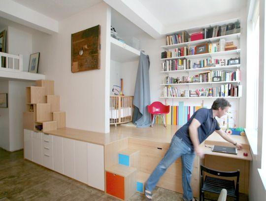idée déco : une estrade pour structurer et délimiter l\'espace ...