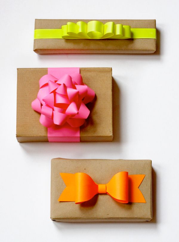 DIY, Christmas, bows, bright, wrapping, gift