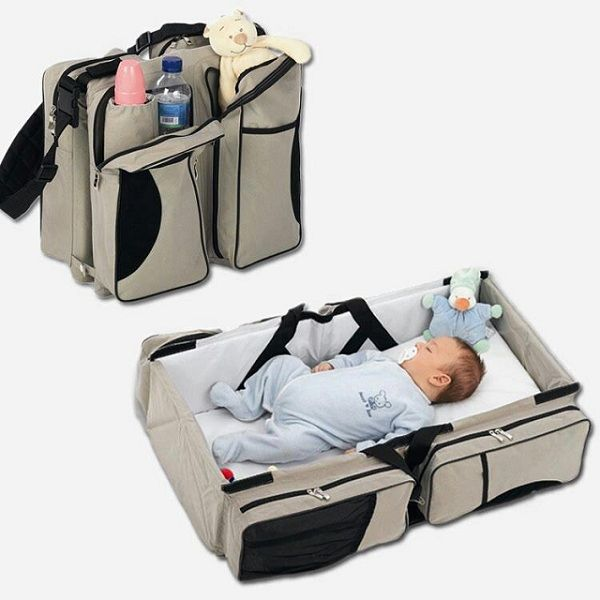 Baby Travel: Travel Bag for Babies - IcreativeD.... epic idea ;)