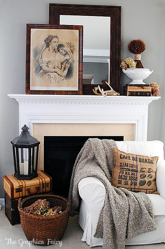 Fall Mantel Ideas - beautiful! Via Graphics Fairy. #findingfall