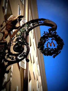 Golden McDonald's sign Salzburg
