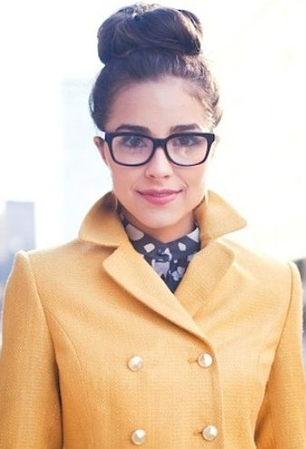 how to look gorgeous in glasses