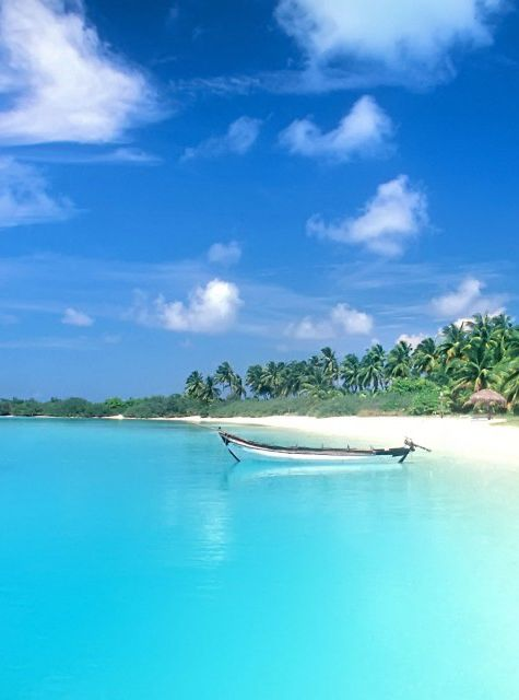 A thousand miles off the coast of Africa, the 115 islands of the Seychelles scatter like gemstones across the blue expanse of the Indian Ocean >>> has anyone been here?