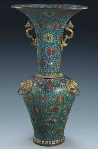 A massivecloisonnéenamel 'phoenix tail' vase, Late Ming-Early Qing Dynasty, 17th century