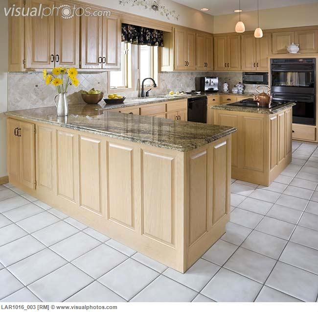 Kitchen with light maple cabinets | 343 St Mary | Pinterest on Light Maple Cabinets With White Countertops  id=72537