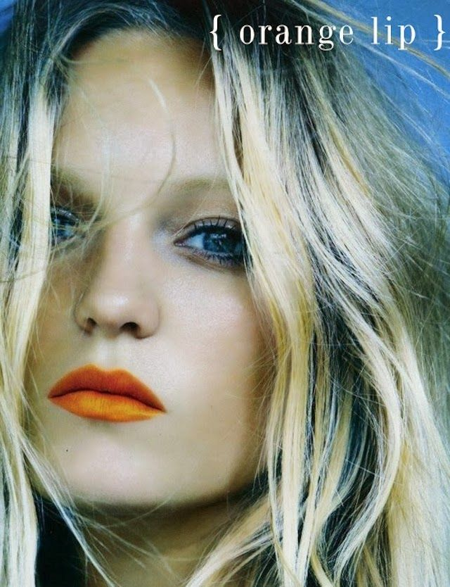 { orange lip }