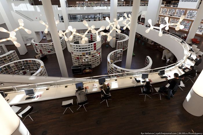 This is no ordinary library! Amazing photos. Openbare Bibliotheek Amsterdam, http://www.stumbleupon.com/su/25pdas/www.miss-design.com/interior/pretty-beach-house.html