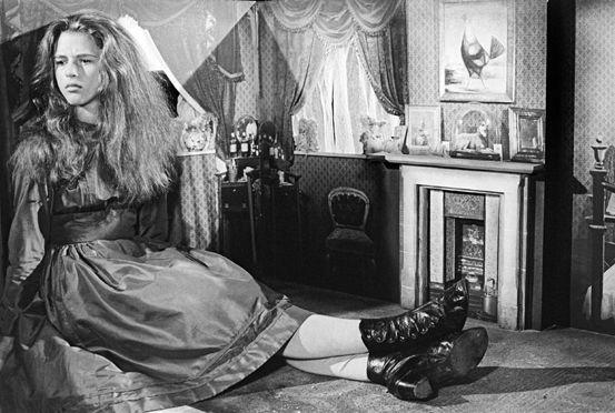 "Jonathan Miller's ""Alice in Wonderland"" (1966) http://www.bbccanadashop.com/media/dvd/anne-marie-malik_alice.jpg"