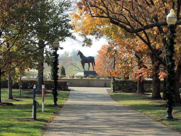 Kentucky Horse Park - Man o War Statue | Places I've Been & Things I ...