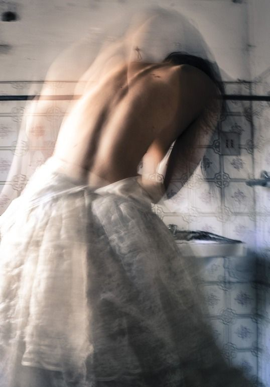 Italian photographer Giulia Pesarin captures the beauty of the human body in motion.