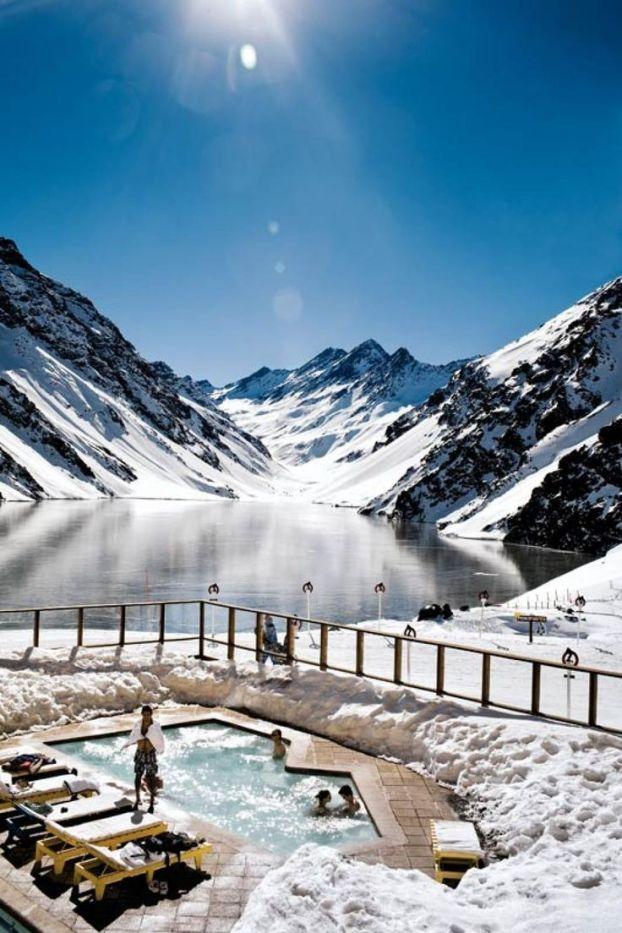 destination-voyage-Les-Alpes-suisses-ski-resort