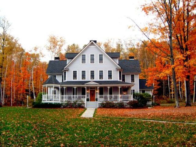 I'd live there! (The perfect Country FarmHouse)