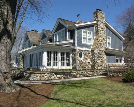 lake cottage exterior paint colors lake house pinterest on lake house color schemes id=62276