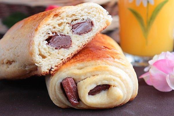 Pains au Chocolat Briochés (pour ceux qui n'aiment pas la pate feuilletée :p)
