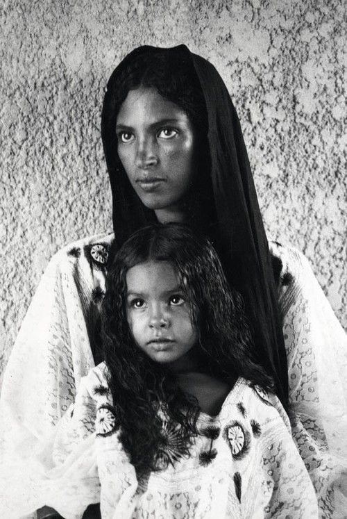 Jean Besancenot. Mother and daughter. Maghreb, 1930.