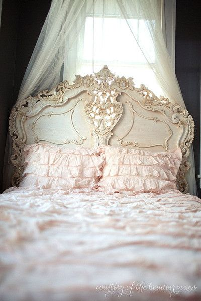 Fabulous & Rococo Bed