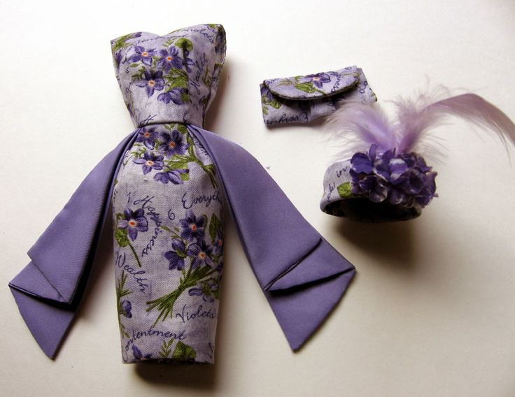 "Violet wishes Barbie Silkstone Ensemble: Made of 100% Kona cotton fabric features ""Violet Flowers"" & 6 Best wishes: happiness, health, Luck in Love, good tihngs in wealth, contentment, everything else."