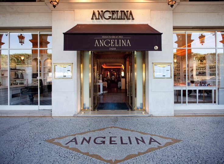 Angelina | Paris, France | Rue de Rivoli near The Louvre Museum