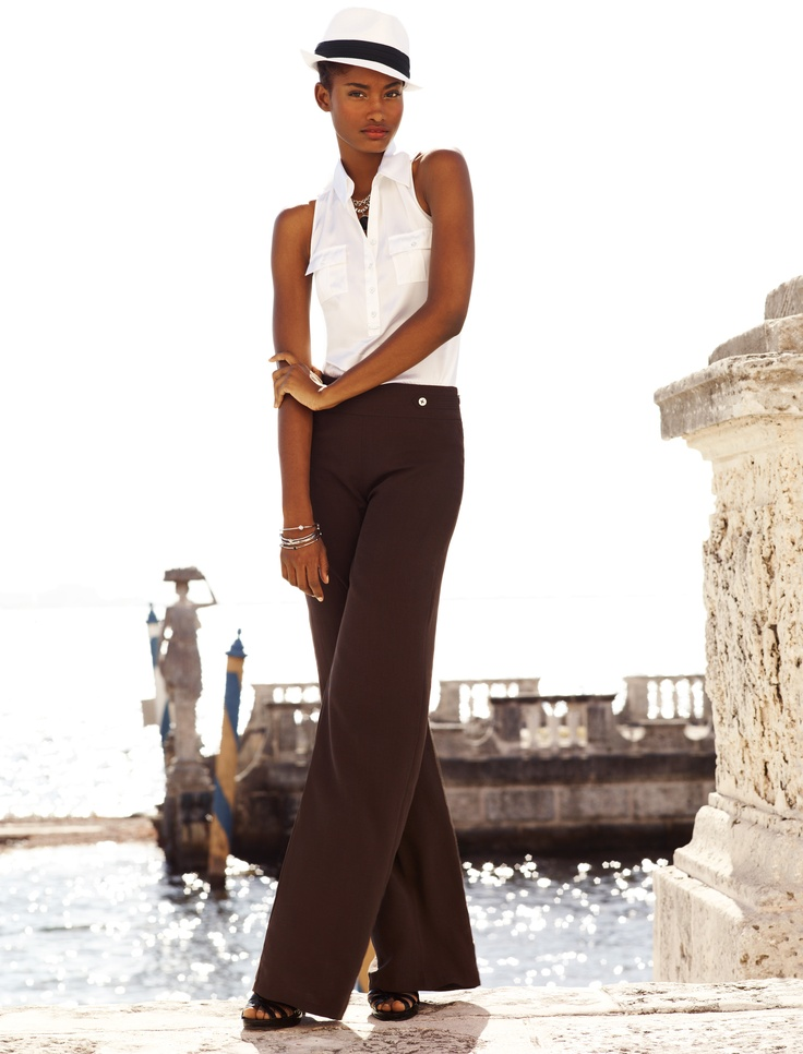 Light #cotton #pants, #sleeveless #top and a #hat to shade the sun is great for your tour of a new city on #vacation #outfit #stylish (via @whitehouseblackmarket www.whitehouseblackmarket)