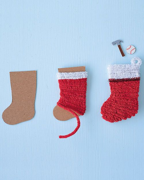 How-To Pipe-Cleaner Stocking Ornament
