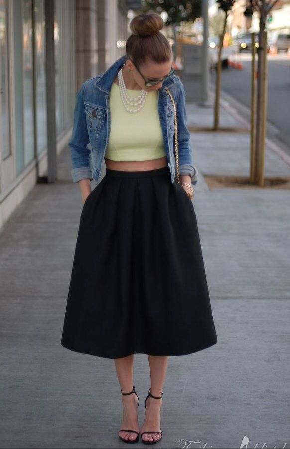Not sure about the cropped top but otherwise I love the look! Can't wait to get out my denim jacket!