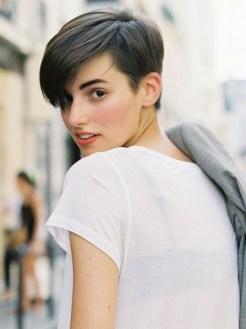 http://modices.com.br/beleza/penteados-para-cabelos-curtos/