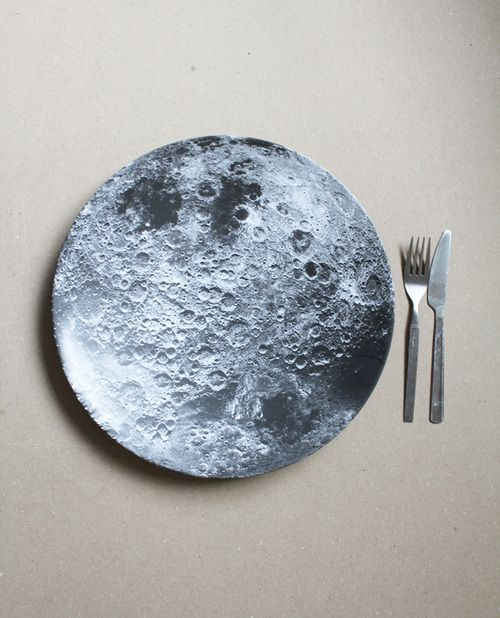 Josefina  Ramos' moon♡ images from the web