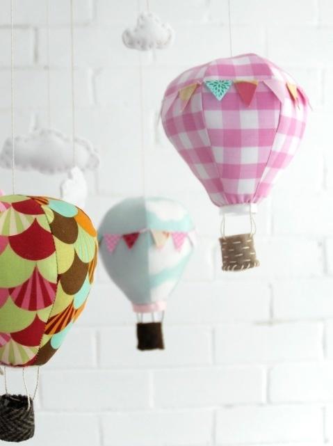 mongolfiere con lampadine!!!;-)