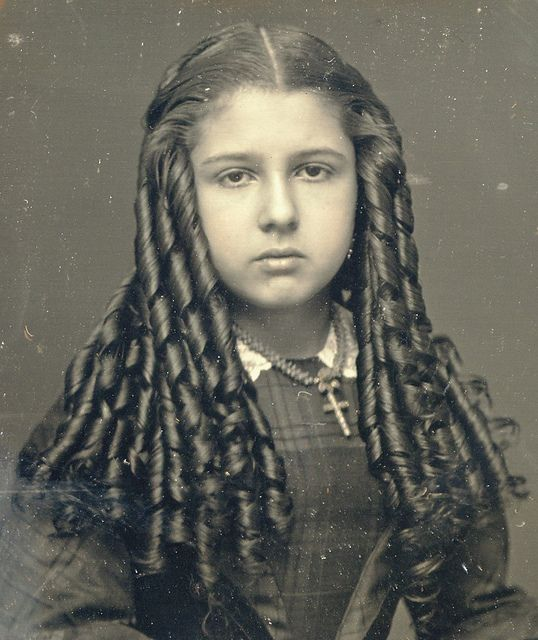 pioneer woman 1800s hair. a tiny bit of historical hair care for the modern woman pioneer 1800s