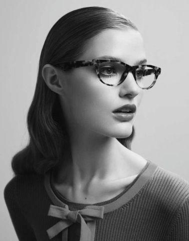 Girls w glasses