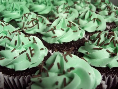 Crème de Menthe Frosting (for St. Patty's Day) ~    Here's a delightful recipe you can make for Saint Patrick's Day.   Start with a chocolate cake mix and prepare two dozen cupcakes according to the package directions. Use green or holiday-themed liners to add some fun!  Recipe @  http://www.susannahskitchen.com/2012/03/recipe-creme-de-menthe-frosting.html