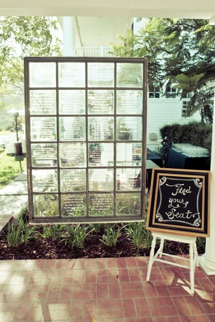 Window Table Seating Display | Romantic Wedding | Lovelyfest Event Design