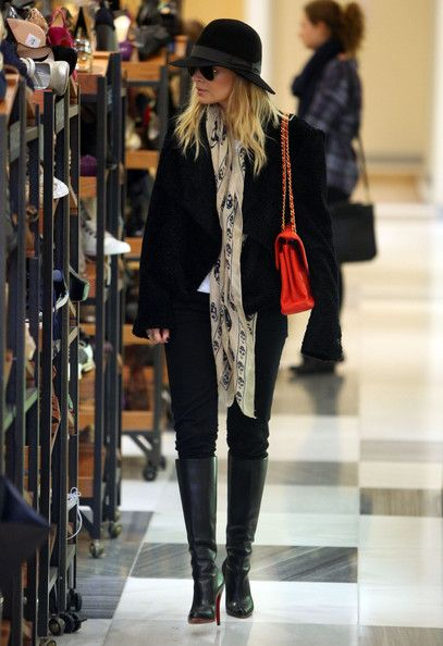 Nicole Richie - Chanel purse, Louboutin boots & Alexander McQueen scarf