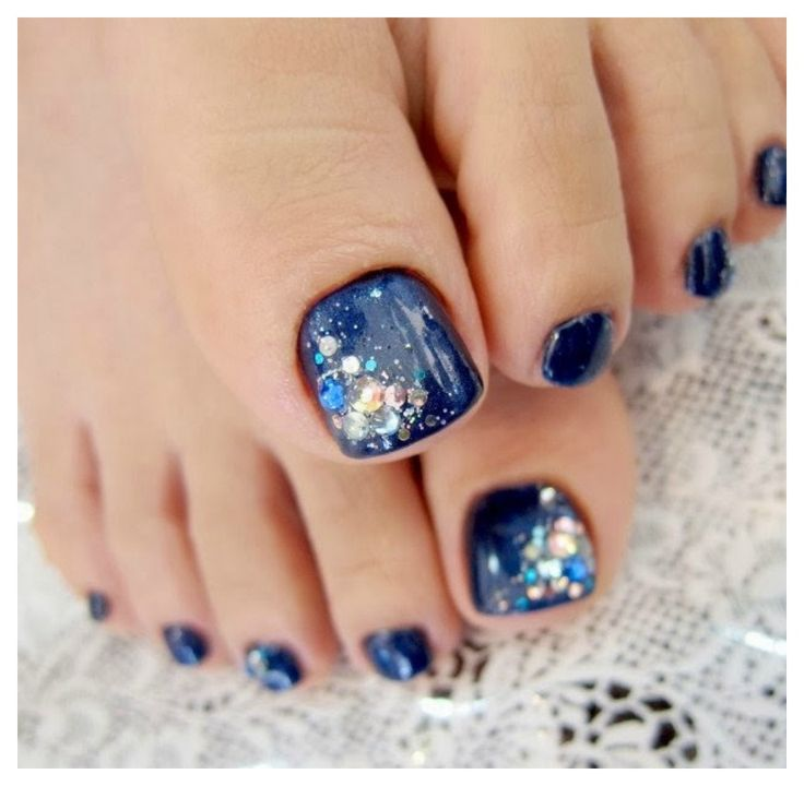 Nail Art Ideas are something that we all hunt for these days, since nail art has become the next raging fashion. Here are 12 simple nail art ideas that even a b