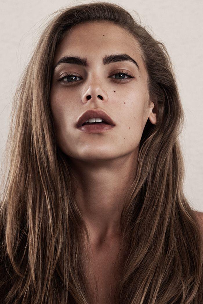 //brunette//