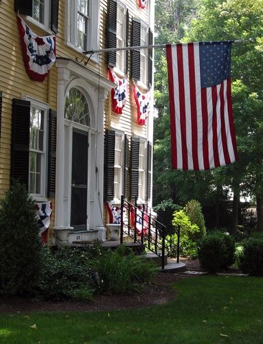 fourth of july colonial home