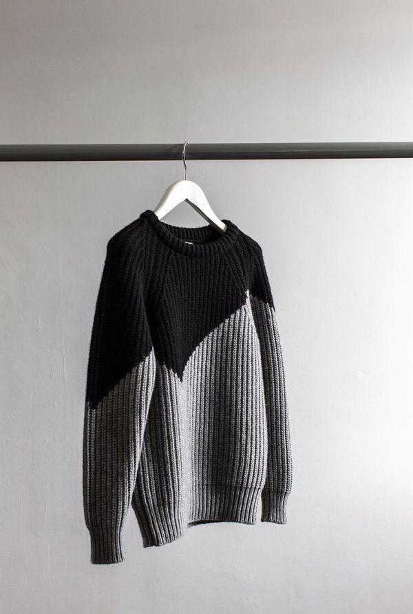"knitGrandeur: In a ""V"" Formation"