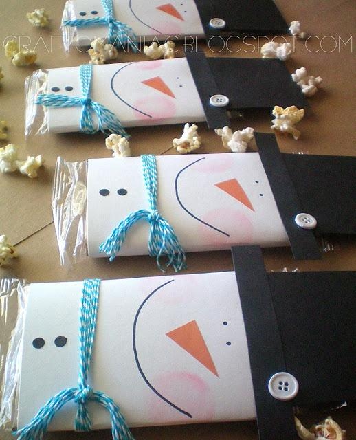 Popcorn Snowman gift https://papadeligames.wordpress.com/