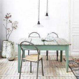 Table vert clair / desuet.fr