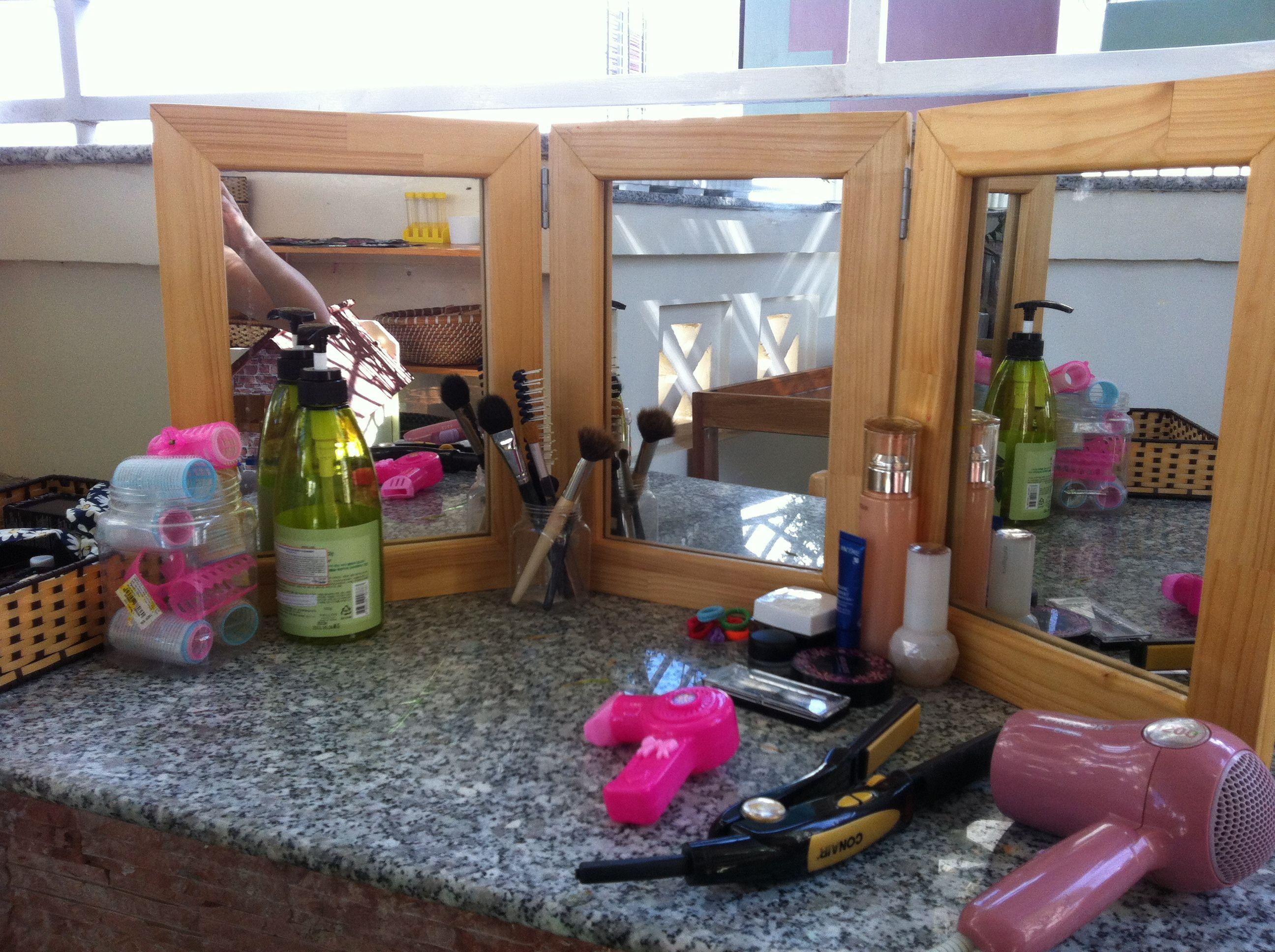 Beauty Salon Pretend Play