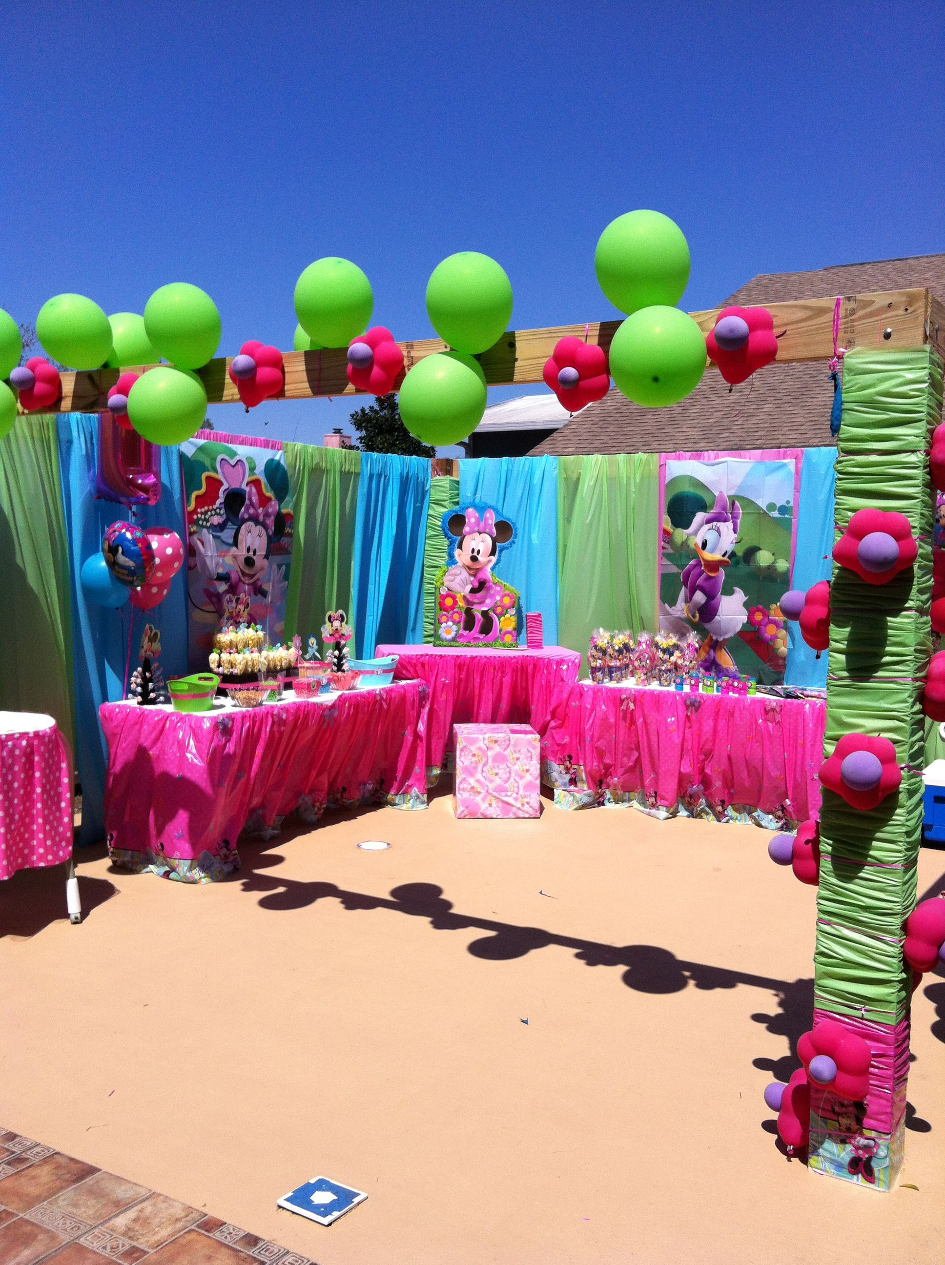 Minnie Mouse Bowtique Birthday Party Game Ideas