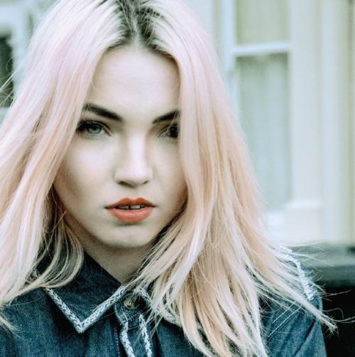 model pastel hair
