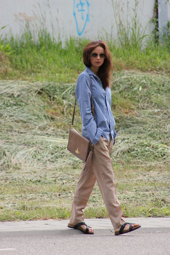 Slouchy pants and birkenstocks Celine style
