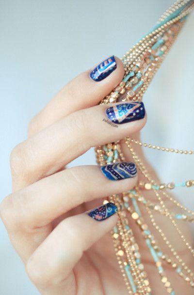 arabesques bleutées
