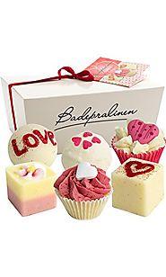 "Brubaker Cosmetics 6 Handmade ""Wild at Heart"" Spa Bath Bombs Bath Melts Bath Truffles Gift Set"