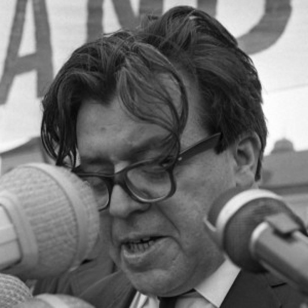 Der Lyriker Erich Fried und der Neonazi Michael Kühnen: Erdrückende Feindesliebe