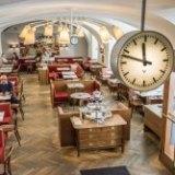 Cafe Diglas im Schottenstift